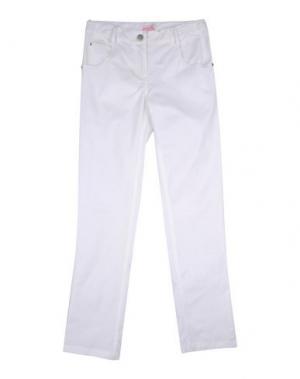 Повседневные брюки MIRTILLO. Цвет: белый