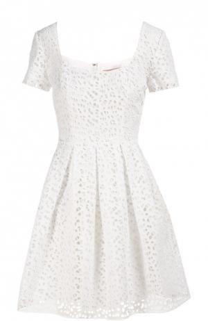 Платье Christopher Kane. Цвет: белый