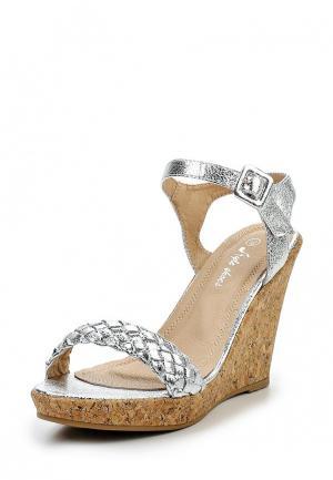 Босоножки Style Shoes. Цвет: серебряный