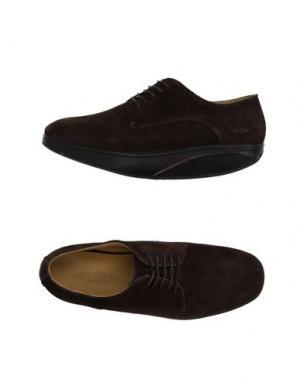 Обувь на шнурках MBT. Цвет: темно-коричневый