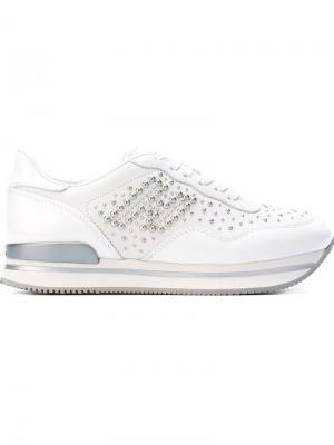 Кроссовки с заклепками Hogan. Цвет: белый