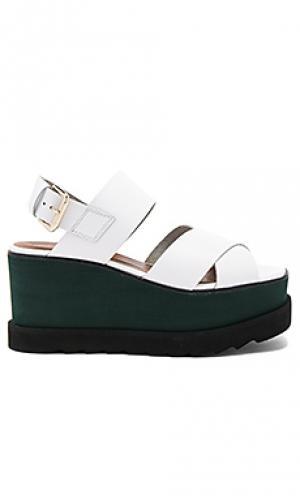Обувь на танкетке kate Free People. Цвет: белый