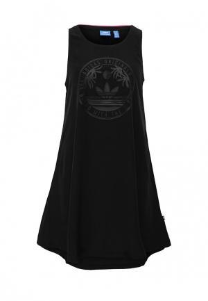 Платье adidas Originals. Цвет: черный