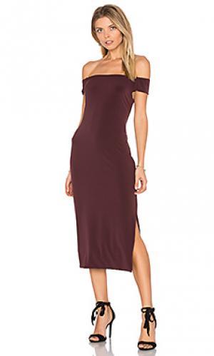 Миди платье с открытыми плечами francella Velvet by Graham & Spencer. Цвет: красное вино
