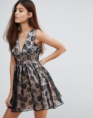 Zibi London Платье из органзы с набивкой флок. Цвет: черный
