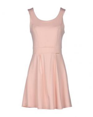 Короткое платье HANNY DEEP. Цвет: розовый