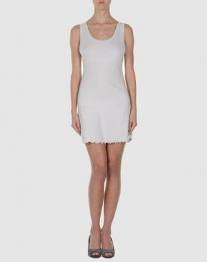 Короткое платье BY TI MO. Цвет: светло-серый