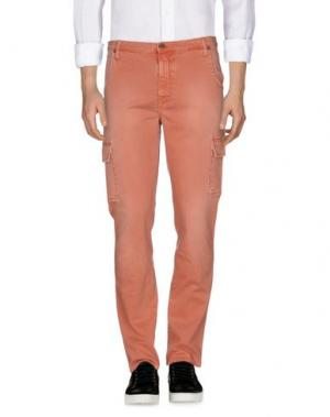Джинсовые брюки IT'S MET. Цвет: лососево-розовый