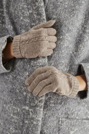 Трикотажные перчатки Tegin. Цвет: бежевый