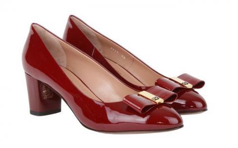 Кожаные женские туфли бренда Angelo Giannini