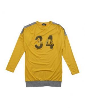 Футболка ILLUDIA. Цвет: желтый