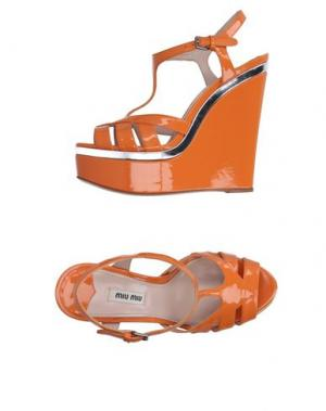 Сандалии MIU. Цвет: оранжевый