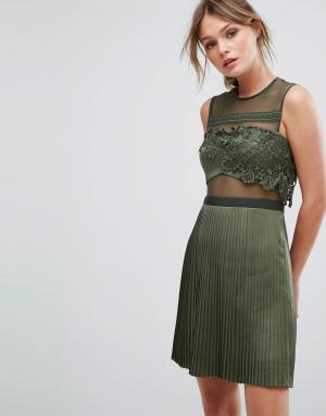 Three Floor Платье мини с плиссированной атласной юбкой. Цвет: зеленый