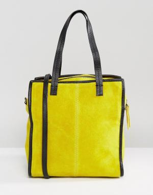 ASOS Замшевая сумка-шоппер со съемным ремешком. Цвет: желтый