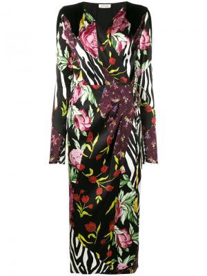 Платье с запахом Victoria принтами в стилистике пэчворк Attico. Цвет: многоцветный
