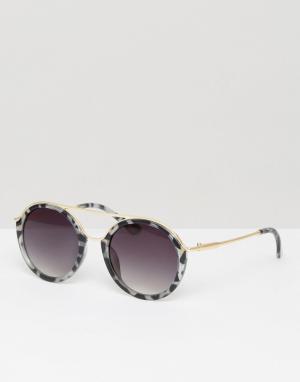 7X Круглые солнцезащитные очки в черепаховой оправе. Цвет: коричневый