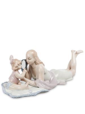 Статуэтка Мама с дочкой Pavone. Цвет: бежевый