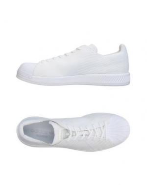 Низкие кеды и кроссовки ADIDAS ORIGINALS. Цвет: белый