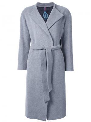 Пальто с  поясом Guild Prime. Цвет: серый