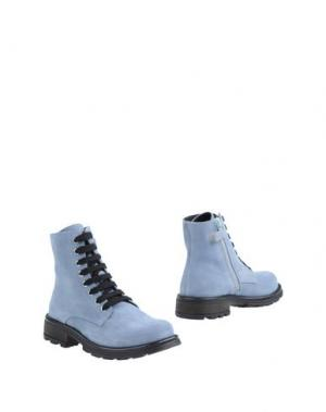 Полусапоги и высокие ботинки DOLCE & GABBANA. Цвет: небесно-голубой