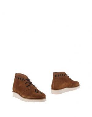 Полусапоги и высокие ботинки WOOD. Цвет: верблюжий