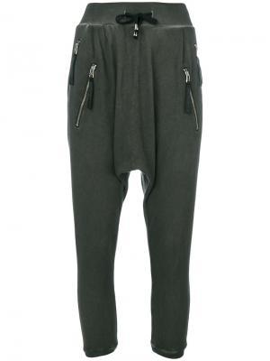 Гаремные брюки Unconditional. Цвет: серый