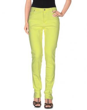 Джинсовые брюки JEFF. Цвет: желтый