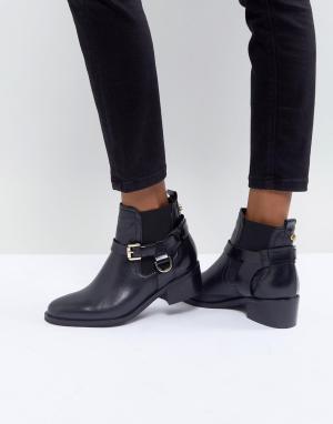Carvela Кожаные ботинки с пряжкой. Цвет: черный
