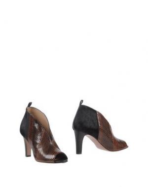 Ботинки INTROPIA. Цвет: коричневый