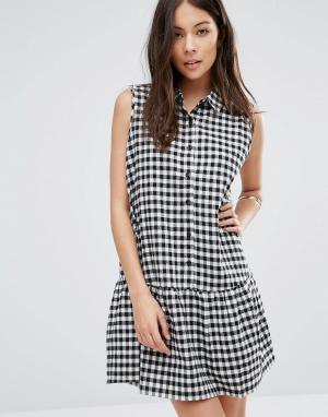 Unique 21 Клетчатое платье на пуговицах с баской по краю. Цвет: белый