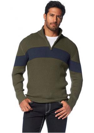 Пуловер Arizona. Цвет: оливковый