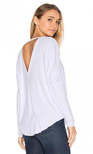Свободная футболка с рукавами-доломан и v-образным вырезом сзади запахом Chaser. Цвет: белый