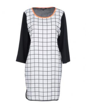 Короткое платье SECOND FEMALE. Цвет: белый