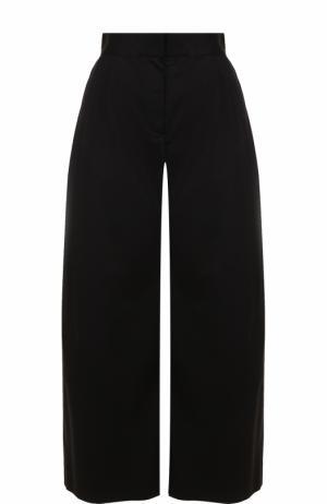 Укороченные широкие брюки с защипами The Row. Цвет: черный