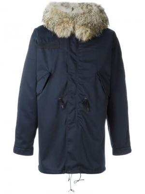 Пальто с массивным меховым воротником Liska. Цвет: синий