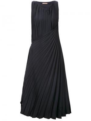 Плиссированное платье Nehera. Цвет: чёрный