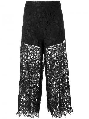 Укороченные кружевные брюки Alice+Olivia. Цвет: чёрный