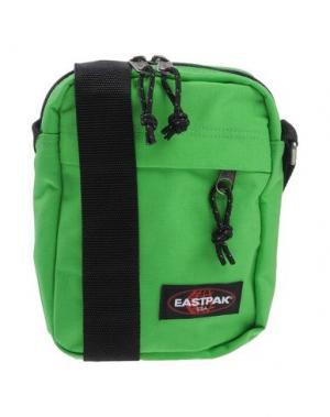 Сумка через плечо EASTPAK. Цвет: зеленый