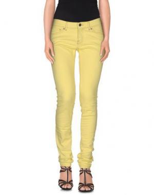 Джинсовые брюки VINTAGE 55. Цвет: желтый