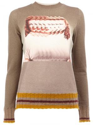 Джемпер с изображением женщины Undercover. Цвет: телесный