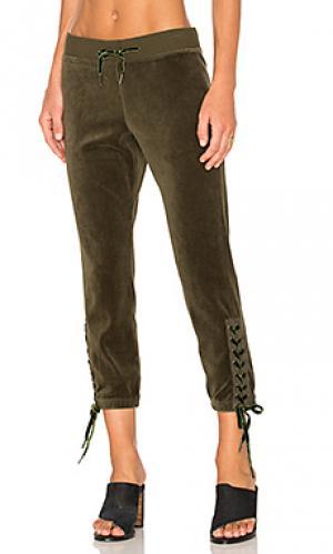 Спортивные брюки на шнуровке Pam & Gela. Цвет: зеленый