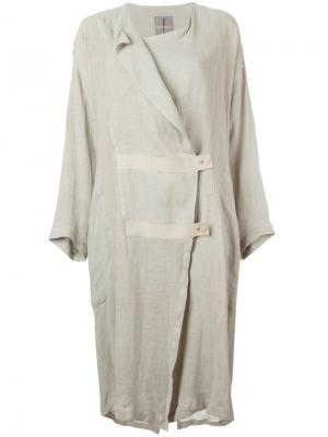 Пальто 1970-х Issey Miyake Vintage. Цвет: телесный
