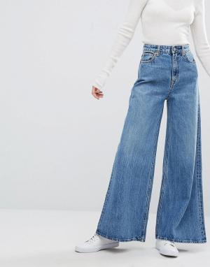 Weekday Джинсы с широкими штанинами. Цвет: синий