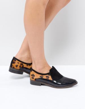 Free People Лоферы-слипоны с леопардовым принтом. Цвет: черный