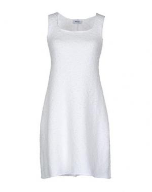 Короткое платье BASE. Цвет: белый