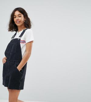 ASOS Petite Черное выбеленное джинсовое платье-комбинезон. Цвет: черный