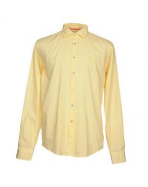 Pубашка ERA. Цвет: желтый