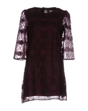Короткое платье LOU LONDON. Цвет: баклажанный