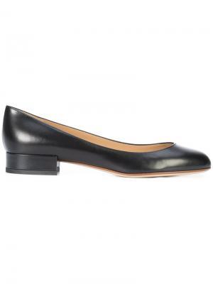 Балетки на низких каблуках Francesco Russo. Цвет: чёрный