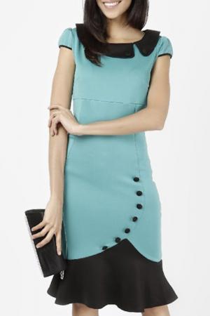 Платье LESARA. Цвет: зеленый